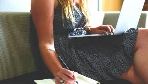 people-woman-girl-writing_meitu_14
